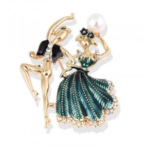 Zlatá brošňa tanečníci v zelenom