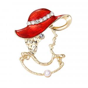 Pozlátená brošňa dáma v klobúku
