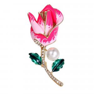 Pozlátená brošňa ružový kvet s perlou